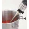 Univerzálny držiak ponorného mixéra na pripevnenie na bok nádoby